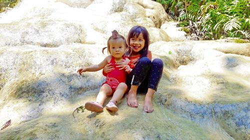 bua tong waterfall, sticky waterfall, buatong sticky waterfall