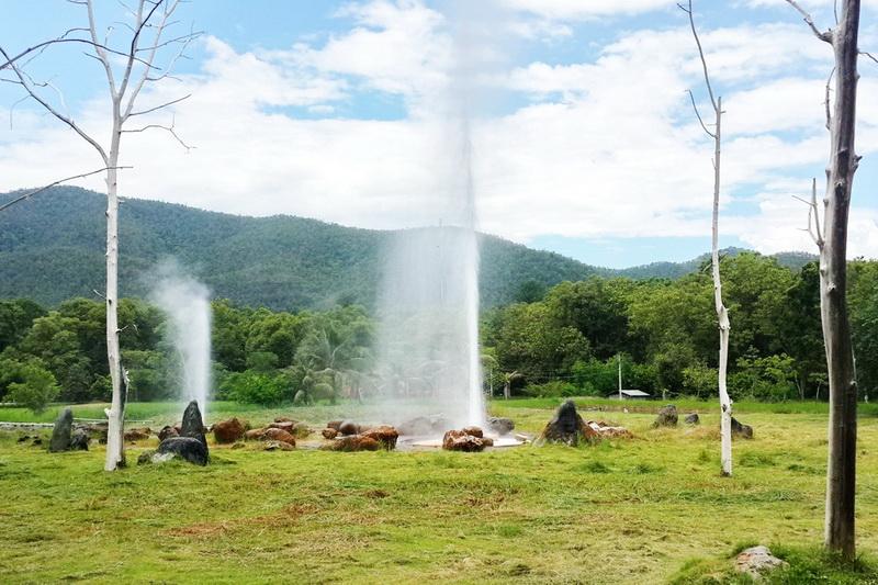 san kham phang hot spring, sankampang hot springs, san kamphaeng hot springs, san kham phang hot springs